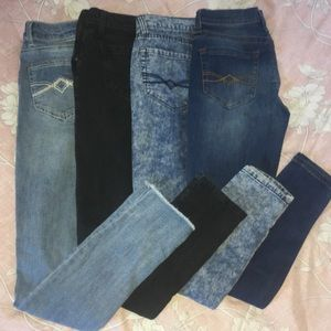 JEAN LOT ! 1/2 OFF MOVING SALE !!